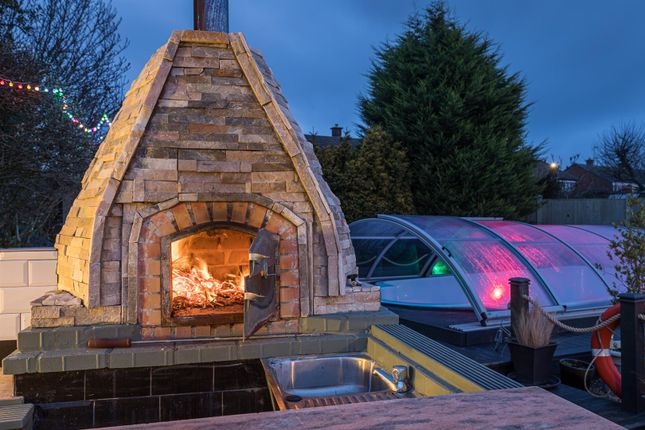 Pizza Oven of Calvin Close, Alvaston, Derby DE24