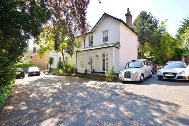 Thumbnail Flat for sale in Queens Court, Queens Road, Brentwood, Essex