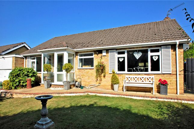 Thumbnail Bungalow for sale in Deanway, Chalfont St. Giles, Buckinghamshire