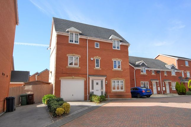 Thumbnail Detached house for sale in Topliss Way, Leeds