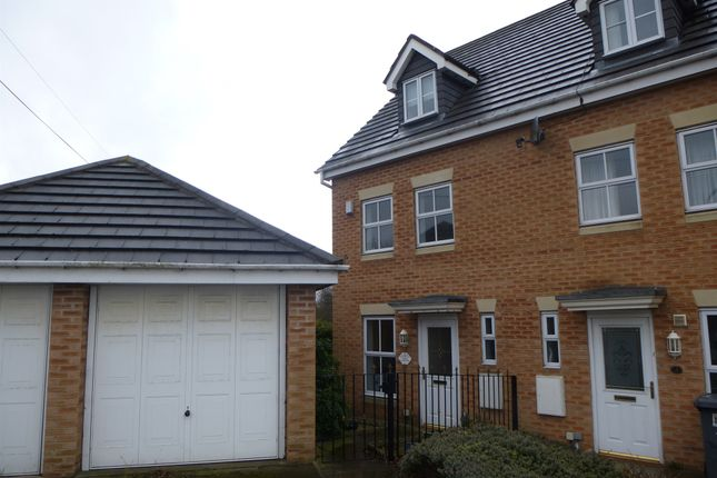 Thumbnail Town house for sale in Stoney Croft, Hoyland, Barnsley