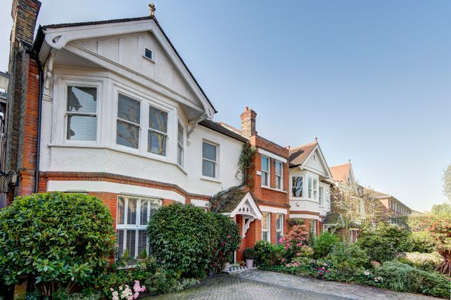 Thumbnail Detached house for sale in Woodville Gardens, London