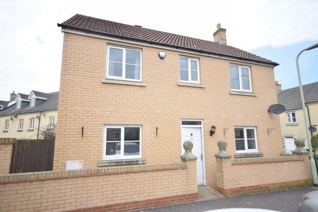 3 bed property to rent in Kimberley Park, Northam, Devon