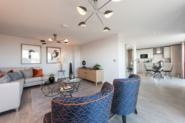 Thumbnail Penthouse for sale in Bridge Avenue, Maidenhead