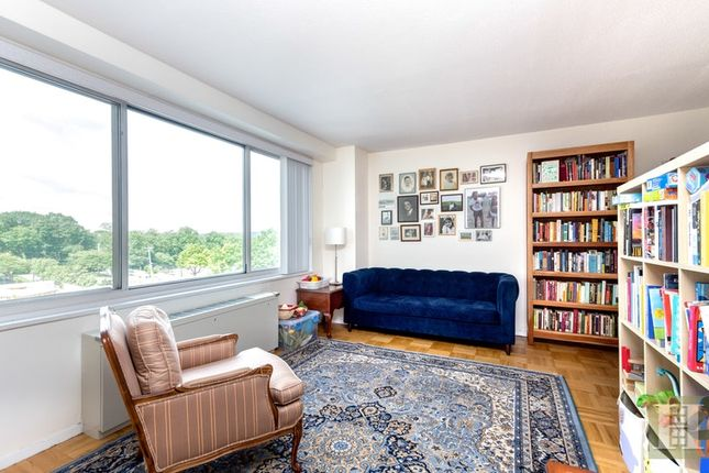 Apartment for sale in 3333 Henry Hudson Parkway 5G, Bronx, New York, United States Of America
