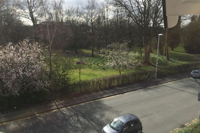 Thumbnail Flat to rent in Flat 2 Rusholme Gardens 176, Wilmslow Road, Manchester