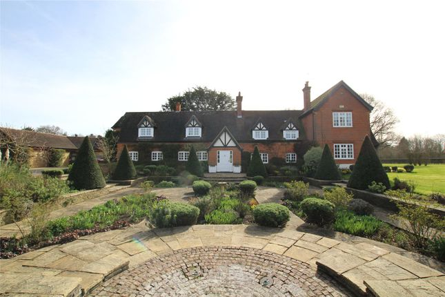 Thumbnail Detached house for sale in Pottersheath Road, Welwyn, Hertfordshire