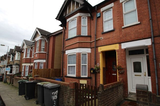 Thumbnail Flat for sale in Flat 1, 115 Ashburnham Road, Luton, Bedfordshire