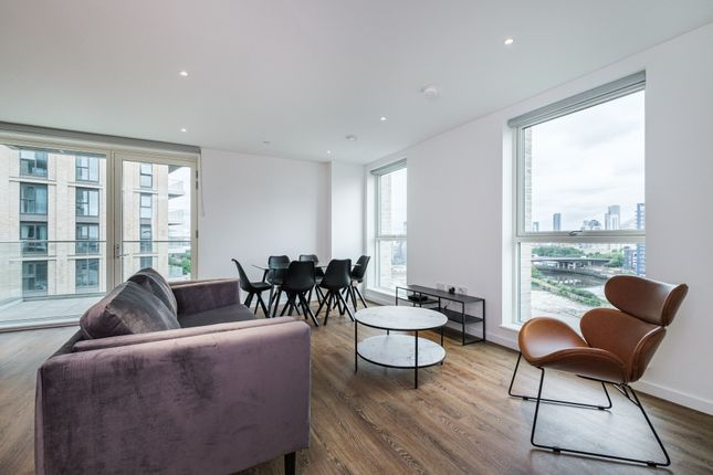 Thumbnail Flat to rent in 15 Silvertown Way, London
