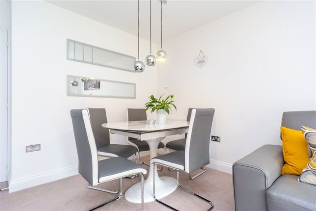 Dining Area of Coley Avenue, Reading, Berkshire RG1