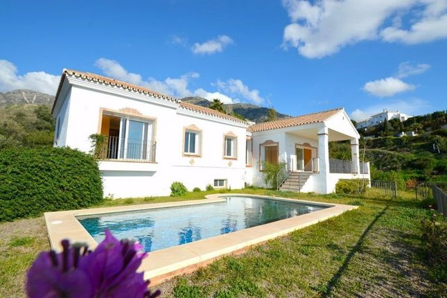 3 bed villa for sale in Málaga, Spain