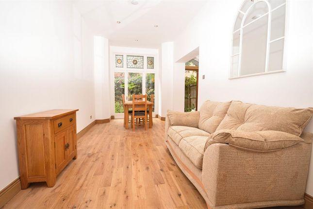 Thumbnail Flat to rent in Clissold Crescent, Stoke Newington, Newington Green
