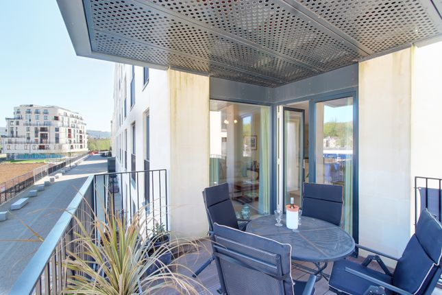 Thumbnail Flat for sale in Midland Road, Bath