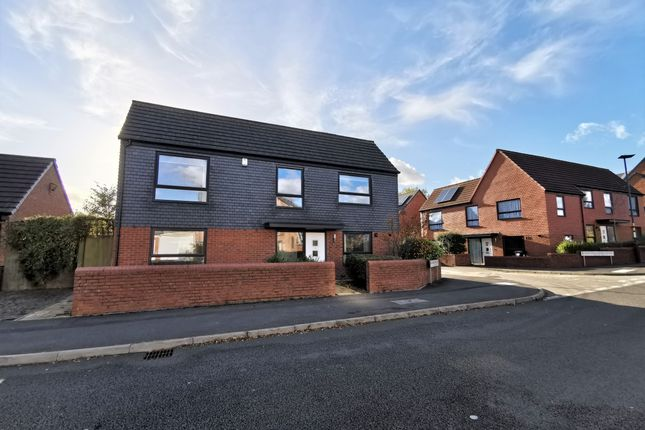 Thumbnail Semi-detached house to rent in Lower Beeches Road, Northfield, Birmingham
