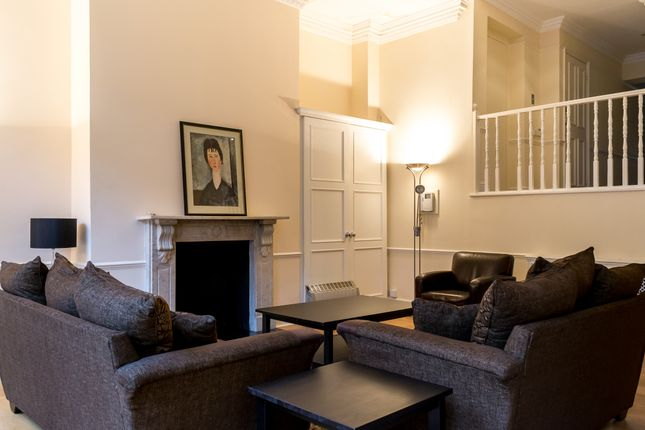 Thumbnail Flat to rent in Beaufort Gardens, Knightsbridge
