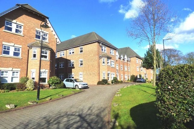 Thumbnail Flat to rent in Wellington Road, Timperley, Altrincham