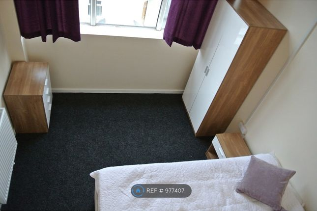 Thumbnail Room to rent in Wesley Suites, Stoke-On-Trent