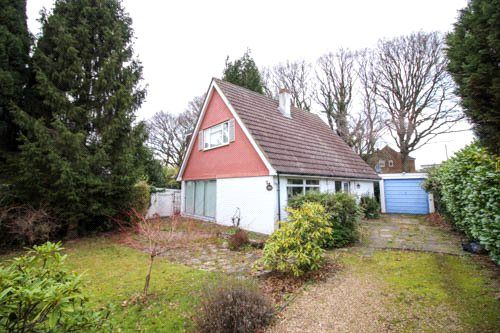 Thumbnail Detached house for sale in Orchard Hill, Windlesham, Surrey