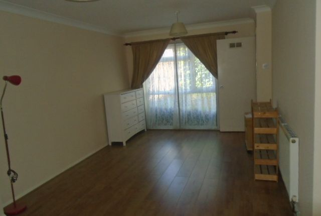 Thumbnail Terraced house to rent in Trent Road, Langley