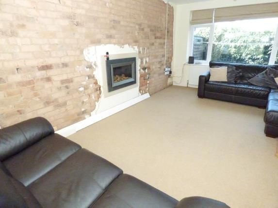 Edale rise toton nottingham ng9 3 bedroom detached for Bedroom zone nottingham