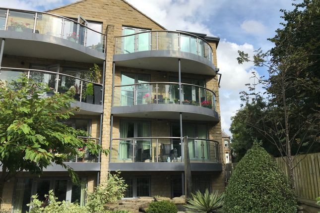 Thumbnail Flat for sale in Somerset Road, Almondbury, West Yorkshire