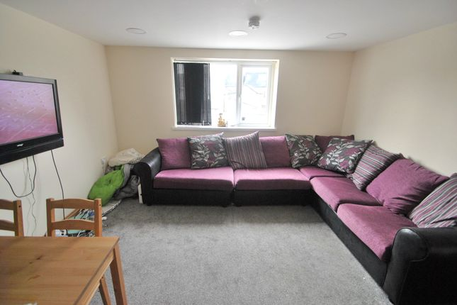 Thumbnail Flat to rent in Wyeverne Road, Cathays