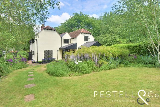 2 bed semi-detached house for sale in Stebbing Road, Felsted, Dunmow CM6