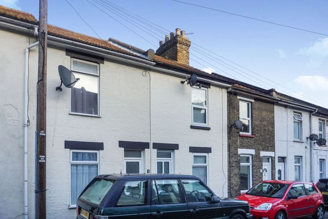 Thumbnail Terraced house to rent in Roach Street, Rochester
