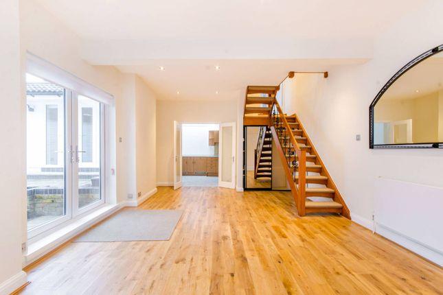 Thumbnail Property to rent in Halton Road, Canonbury