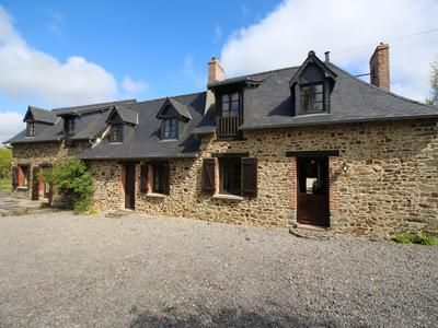 4 bed property for sale in Denaze, Mayenne, France