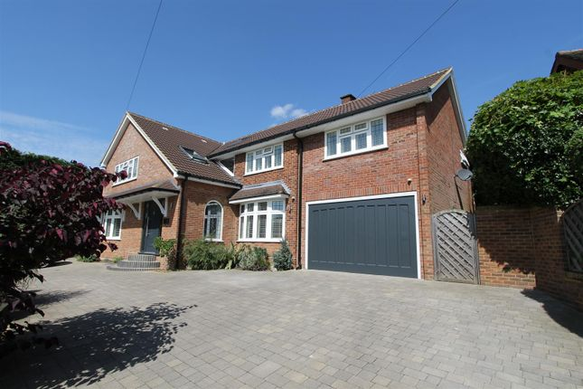 Thumbnail Detached house for sale in Ashtree Way, Hemel Hempstead
