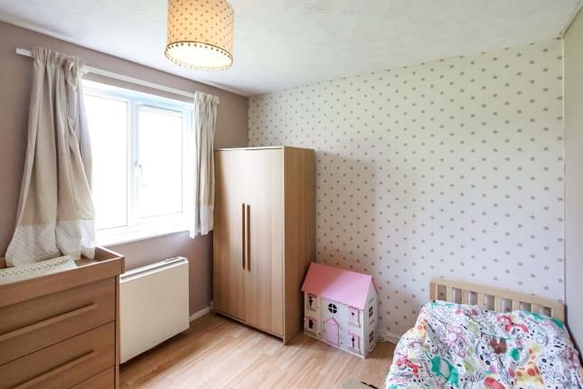 2 Bed Flat For Sale In Littleton Court Blakeney Road Patchway Bristol Bs34 Zoopla