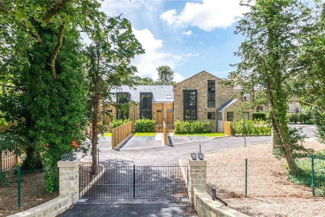3 bed town house for sale in Sicklinghall Road, Wetherby LS22