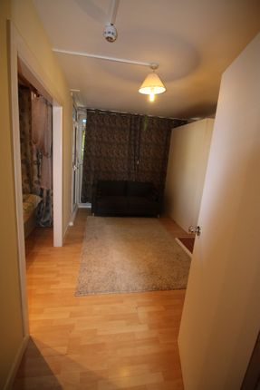 Thumbnail Flat to rent in Manchester Road, London