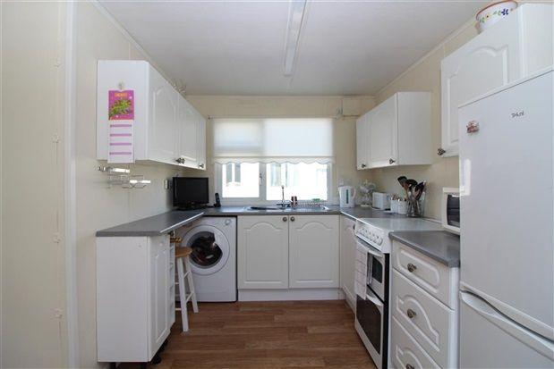 Kitchen of Third Avenue, Stalmine FY6