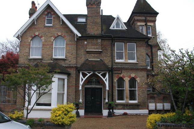 Thumbnail Property to rent in Hansler Grove, East Molesey