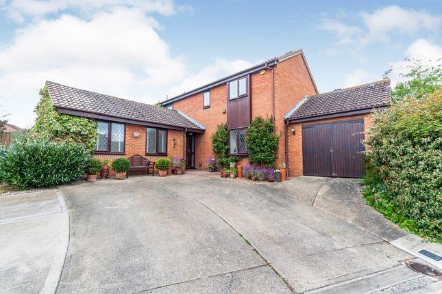 Thumbnail Detached house for sale in Uplands, Stevenage