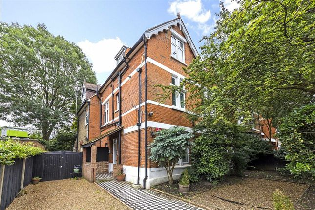 Thumbnail Flat for sale in Sutton Court Road, London