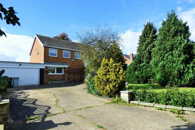 Thumbnail Detached house for sale in Grimsby Road, Louth