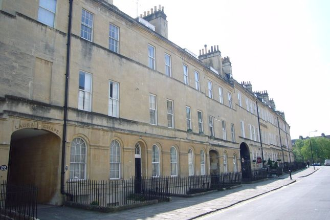 Thumbnail Maisonette to rent in Henrietta Street, Bath