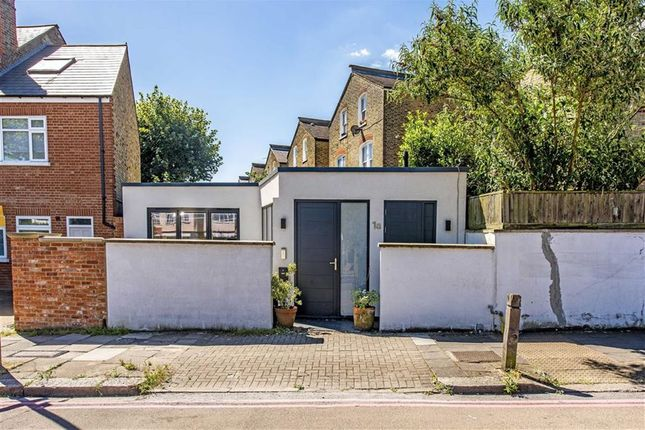 Thumbnail Flat for sale in Upper Tooting Park, London