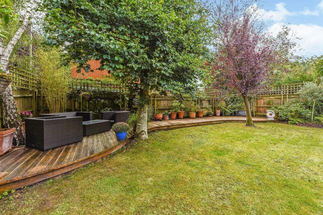 Garden of Dean Wood Close, Woodcote, Reading RG8