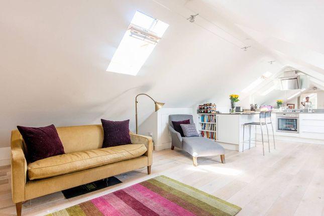 Thumbnail Flat to rent in Park Lane, Richmond