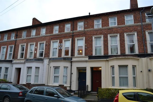Thumbnail Flat to rent in 4, 7 Lawrence Street, Belfast