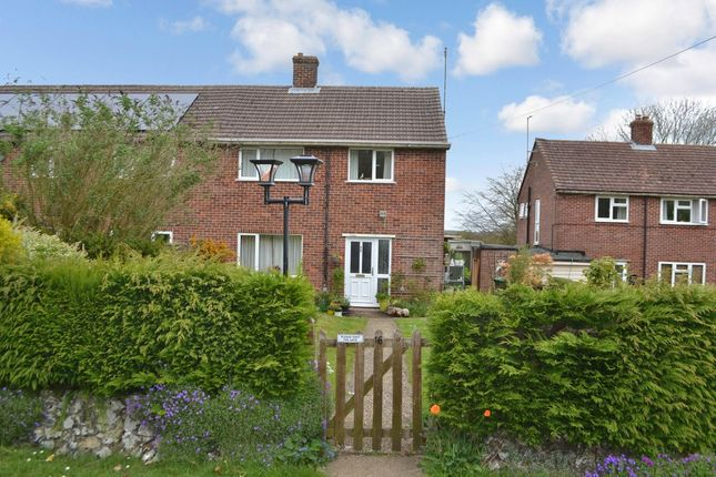Thumbnail Semi-detached house for sale in Nuttingtons, Leckhampstead, Newbury