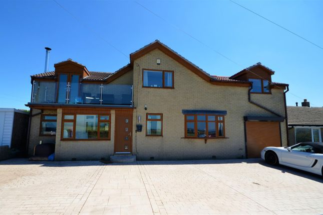 Thumbnail Detached house for sale in 82 Fleet Lane, Queensbury