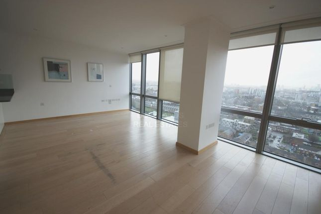 Thumbnail Flat to rent in No 1 West India Quay, Hertsmere Road, Docklands