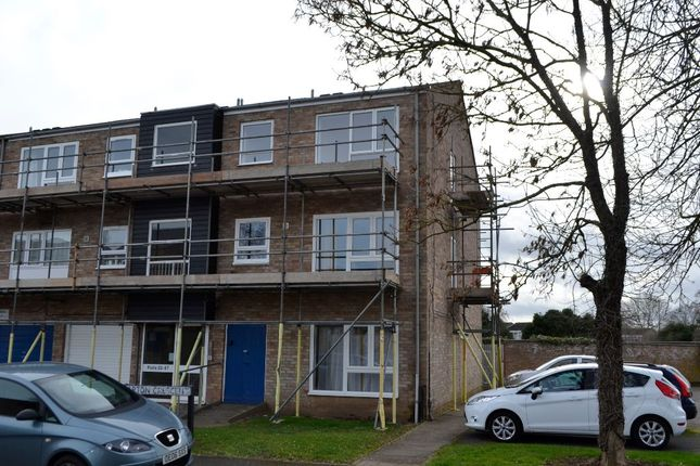 Thumbnail Flat to rent in Barton Crescent, Leamington Spa