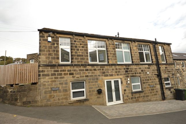 Flat for sale in 1 Moorland House, Low Green, Rawdon, Leeds, West Yorkshire