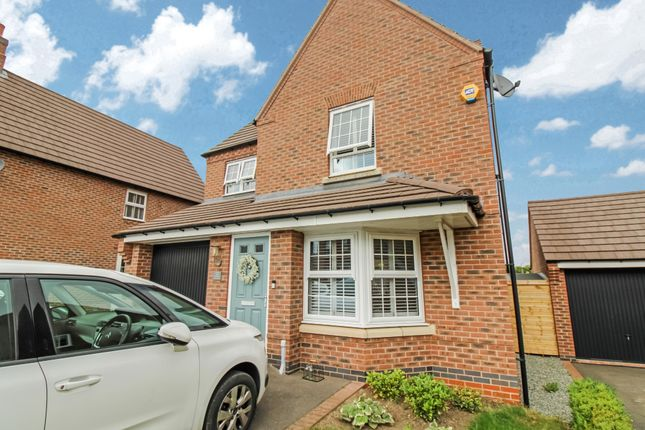 3 bed detached house for sale in Cooper Crescent, Whetstone, Leicester LE8